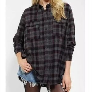 Silence + Noise Oversize plaid flannel button top